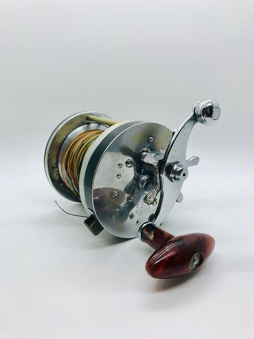 Pflueger Akerite 2068 Fishing Reel