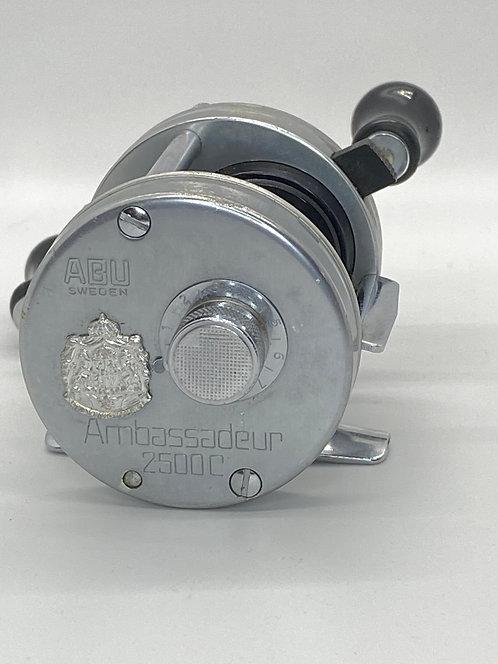 Vintage Ambassadeur 2500C ABU Sweden Baitcast Reel