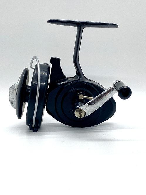 Longfellow SR-3001 Spinning Reel