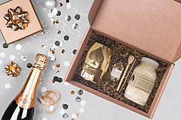 Gold Ace Champagne Candle Making Kit.png