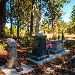 Cremation Monuments & Benches