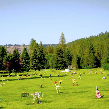 Spokane-Memorial-Gardens-grounds.jpg