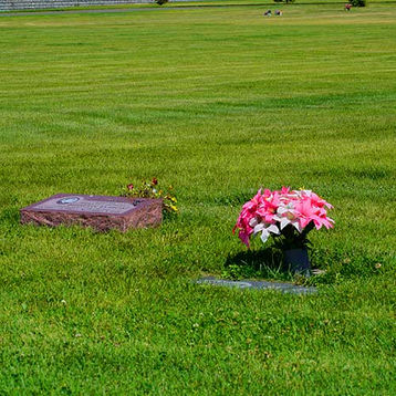 South Pines Cemetery Memorials