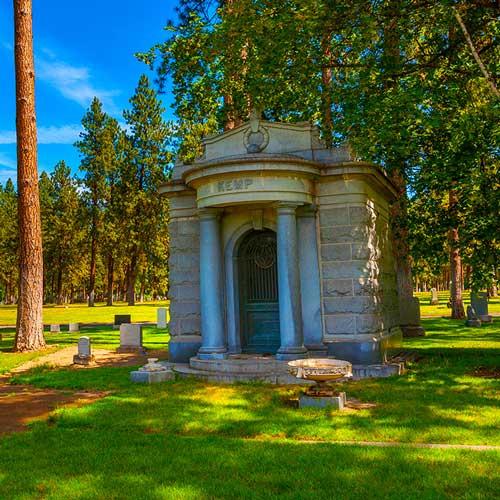 F-Private-Mausoleum-4.jpg