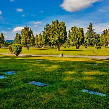 Ground Burial at Pines Cemetery (Spokane