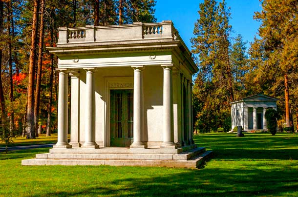 Private Mausoleums at Greenwood Memorial