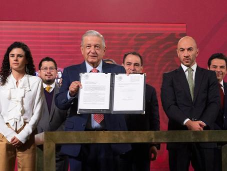 """""""Para poner orden"""": López Obrador presenta iniciativa de ley contra abusos en el outsourcing"""