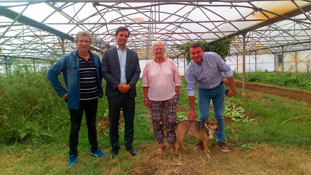 GRDF, représenté par son directeur territorial, Gérald Bonnard et son représentant local Thierry Fayol, sont venus signer la convention de partenariat avec les Jardins de Cocagne de Fleurance, représenté par Bruno Mattel, son directeur, en présence de la Maire de Fleurance, Émilie Muñoz-Dennig.