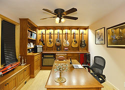 East DePere Home_Office-Display_r1_300dp