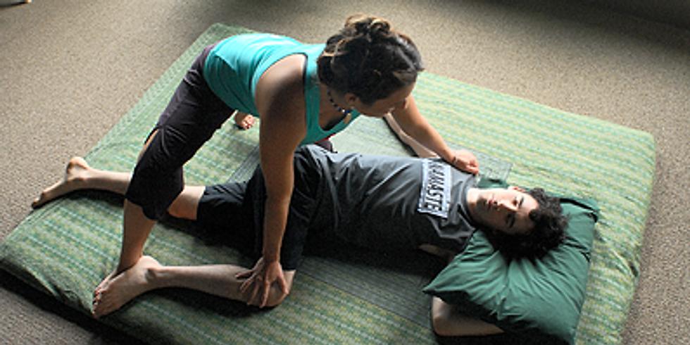 Thai Massage Bend & Twist