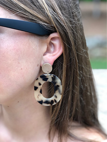 Tortoise Oval and Gold Earrings