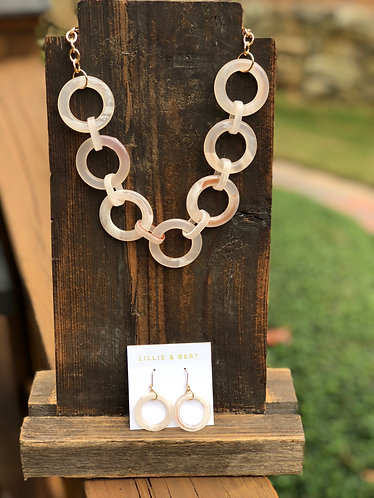 Blush Circle Linked Necklace