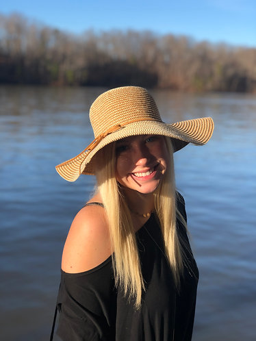 Tan/White Wide Brim Beach Hat