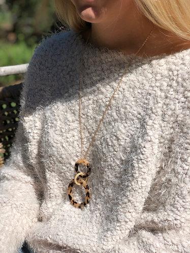Acrylic Circle Link Tortoise Necklace