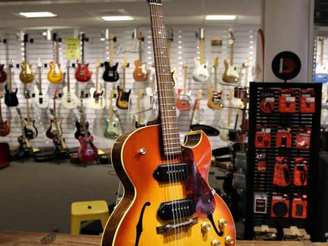 Begagnad 1969 Gibson ES-125.