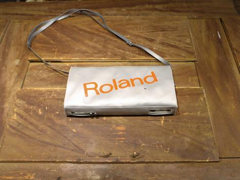 Begagnad Roland TR-606 med orginalbag hos Musikbörsen i Göteborg