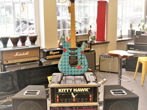 80/90-tals rigg med Soldano Preamp, Kitty Hawk rörsteg,  Rocktron Intellifex och högtalare, 14999:-