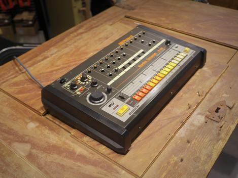Såld, Begagnad Roland TR-808 trummaskin, 49999:-
