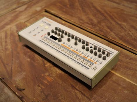 Såld, Begagnad Roland TR-09 (TR-909) 4999:-