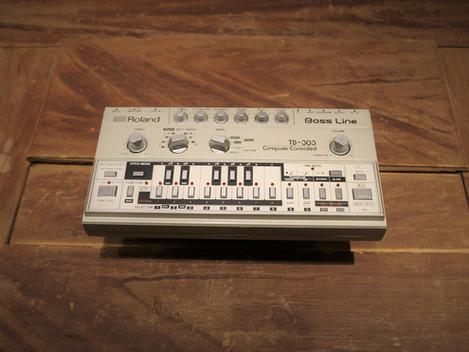 Nu har vi fått in en Roland TB-303 i Göteborgsbutiken, 24999:-