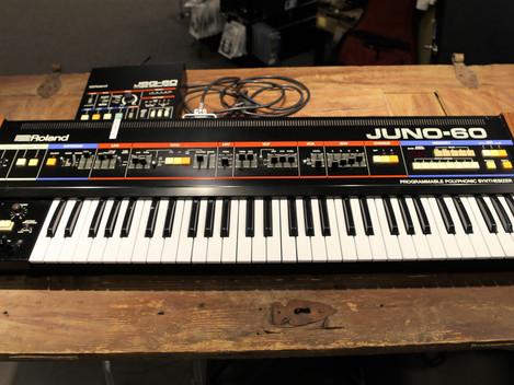 Begagnad Roland Juno-60 med orginal JSQ-60 Sequenser. 34999:-