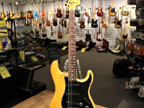 Begagnad Fender Stratoacster Natur från 1979, 24999:-