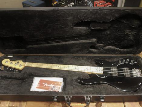Begagnad Fender Dimension bass USA från 2014, 12999:-