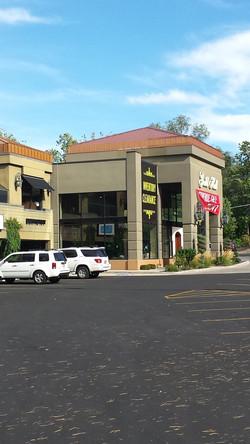 Highland Square Center8