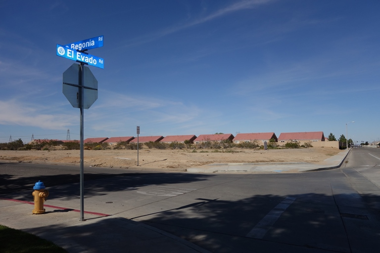 R4 land in Victorville