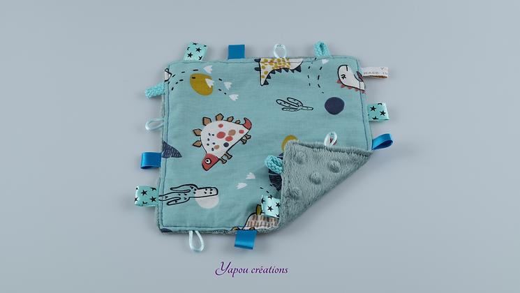 Yapou Créations - Doudou plat carré - Dino