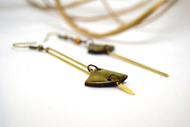Atelier de Lynie - Boucle d'oreilles asymétriques or jaune