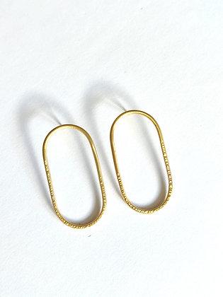 Jessy Poppy Créations -  Hoan - Boucles d'oreilles ovales en laiton martelé