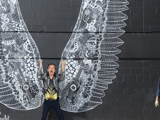 Mick Jagger almost missed Stone's show after waiting 5 hours for photo at Wings Mural