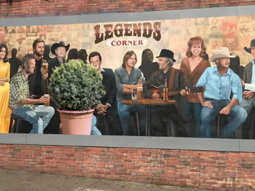 Taylor Swift fans furious after Nashville mural artist replaces star with giant shrub