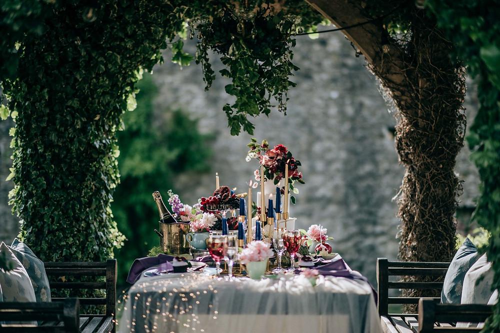 Fleur Challis Photography | Alfresco Wedding | Outdoors Wedding Picnic