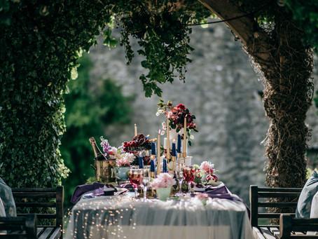 Dining Alfresco - a stylish elopement feast