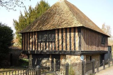Fordwich Town Hall, intimate small wedding venue in Kent