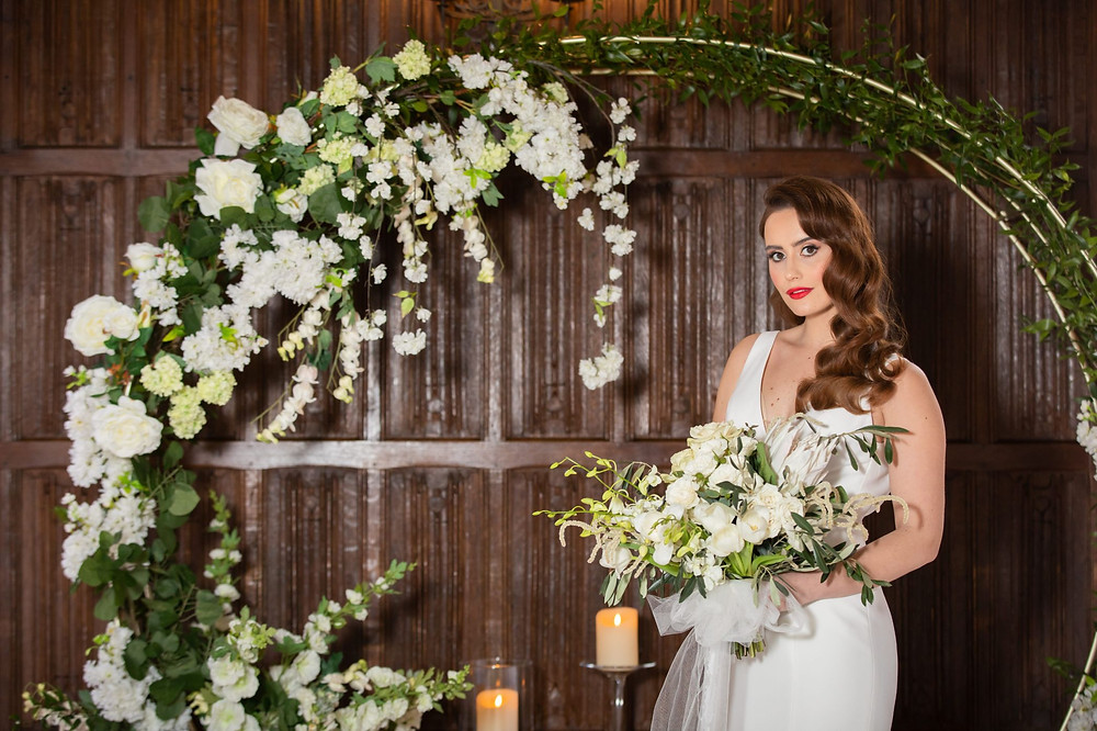 Jeff Oliver Photography   White Wedding, white and green wedding colours, moon arch