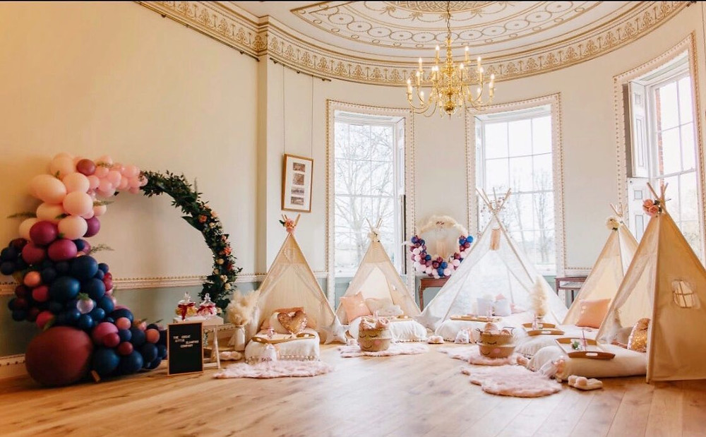 Children's Glamping and tents for weddings and parties
