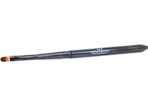 New! LipLuxe Brush
