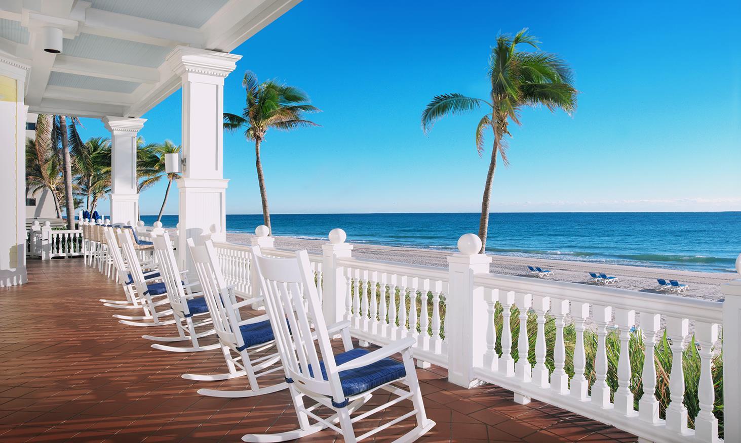 Pelican Gran Beach Resort