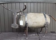 metal yard art by Greg Gresham, longhorn