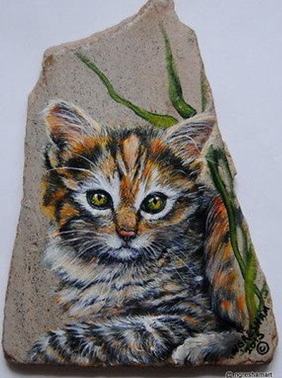 handpainted rock,cat,rock, custom pet portraits on stone