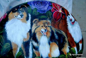 custom pet portraits painted on rock,australian shepherds,aussies,hand painted rocks,dogs