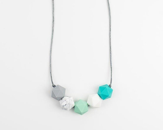Kirstin Teething Necklace (For Gift Box)