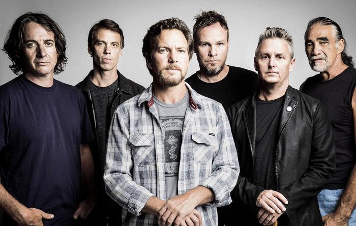 Após 5 anos Pearl Jam lança música inédita