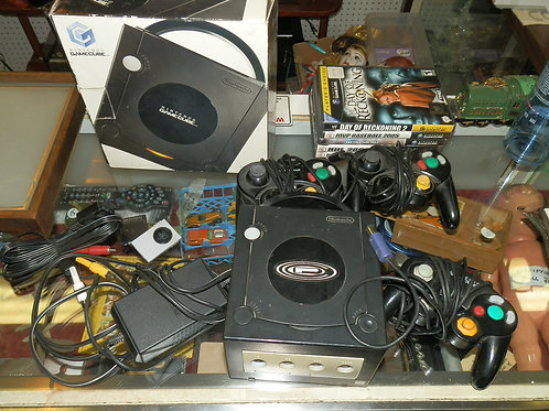 NINTENDO GAME CUBE VIDEO GAME PACKAGE