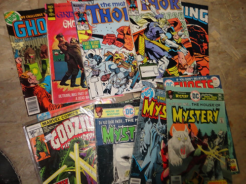 TONS OF COMICS BOOKS BACK ISSUES