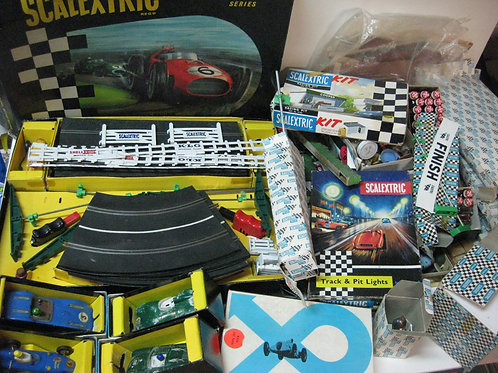 SCALEXTRIC 1960's Vintage Slot Car Package
