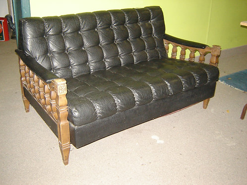 MID-CENTURY MODERN BLACK PLEATHER SMALL SOFA COUCH